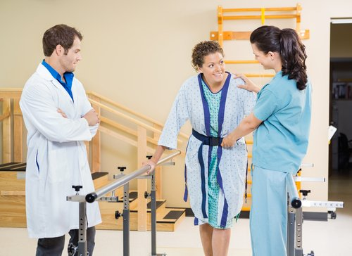 How Does an Occupational Therapist Differ From an Assistant Occupational Therapist?